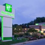 Sarnia Holiday Inn Entrance